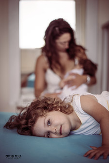 צילומים במסגרת בייתית אמא וילדות