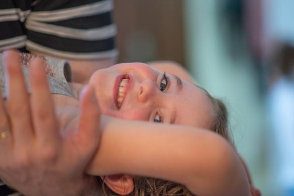 צילומים במסגרת בייתית אבא וילדה