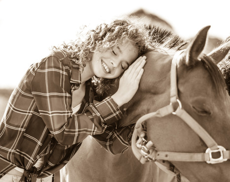 צילומי בת מצווה ילדה וסוס