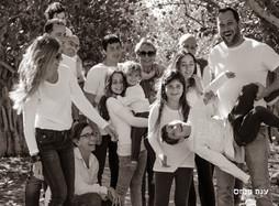 צילומי משפחות בטבע בשחור לבן