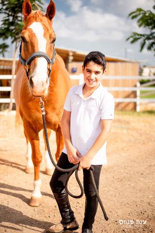 צילומי בר מצווה סוס