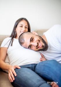 צילומי הריון זוגיים בלבן