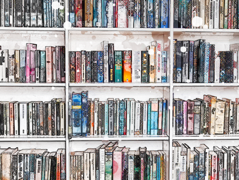 9 SELF-HELP BOOKS THAT ACTUALLY PERTAIN TO FREELANCERS