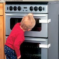 baby-kitchen-safety-oven-lock.jpg