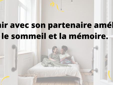 Dormir avec votre partenaire améliore le sommeil et la mémoire
