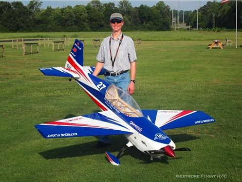 "Extreme Flight Extra300 104"""