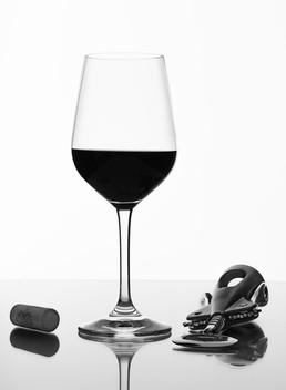 Weinglas-Flaschenoeffner.jpg