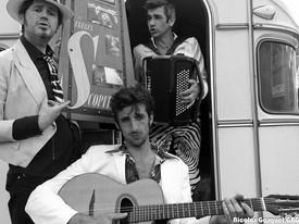 Caravane Juke'Box / Les Frères Scopitones
