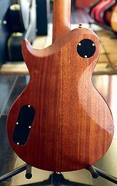 Aria LP, set neck, classic curves !