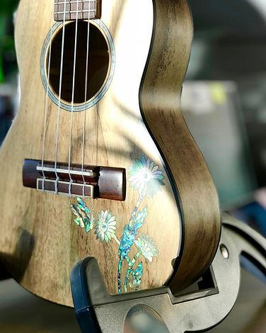 Guitar48 UKE with inlay
