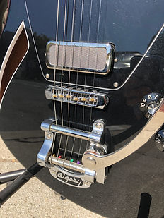 Jennings guitar - Bigsby tailpiece