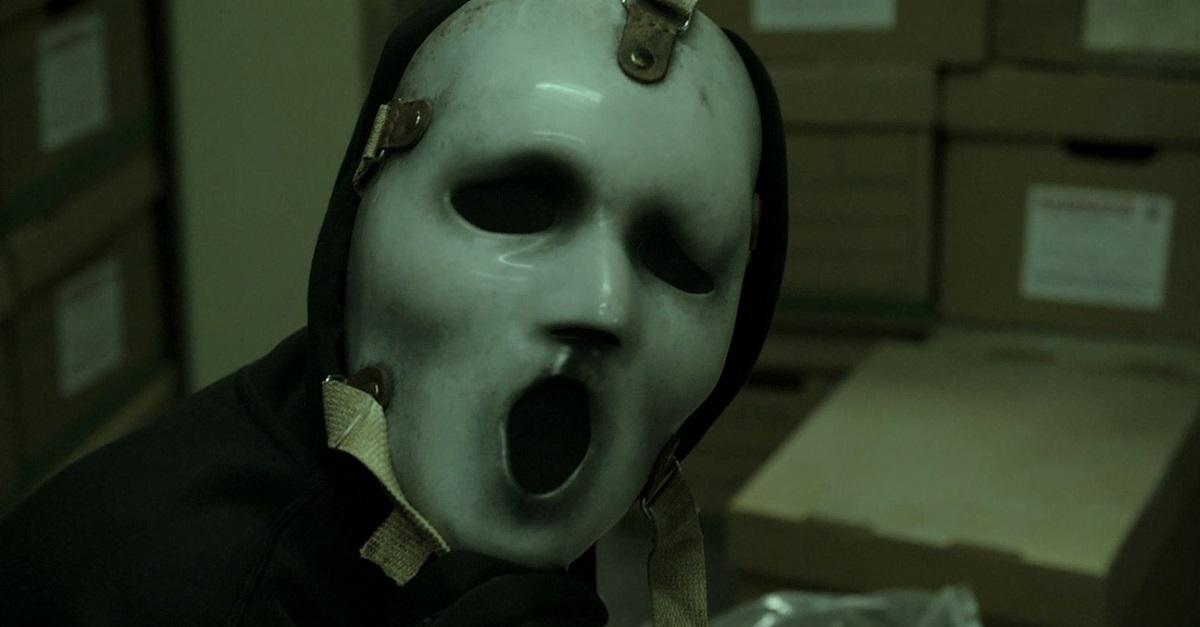 scream_mask_still (1).jpg