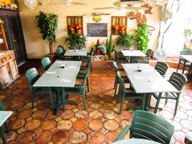 Chicos Outdoor Dining