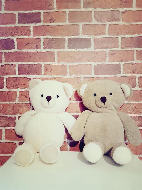Duo de ursos de pelúcia