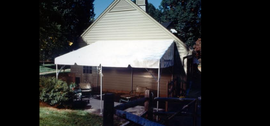 Fiesta style pavilion awning, deck awning tent, fiesta awning tent rent, rent awning, rent awning tent, rent fiesta tent, rent fiesta awning, rent deck covering, rent back yard patio covering, rent house awning, rent building awning, rent frame awning