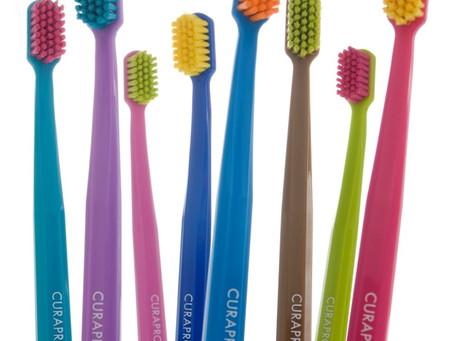 Como escolher a escova de dentes?