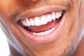 Dentista na vila Independência.