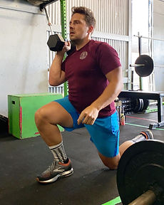 dumbbells, lunges, community fitness, group fitness, group fitness classes, strength training, san antonio fitness, crossfit