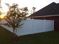 Corner vinyl fence Wilmington, NC