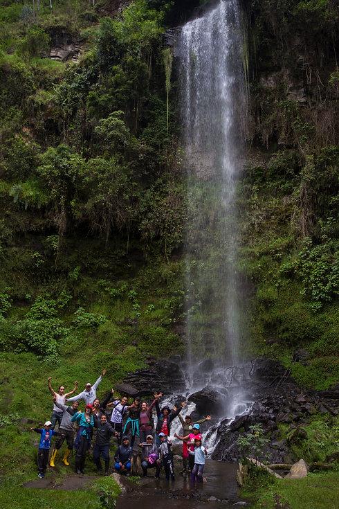 Cascada 2.jpg