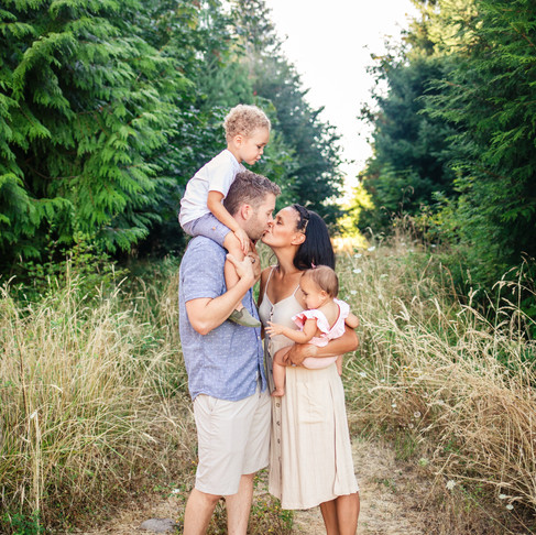 Outdoor Lifestyle Family Session: Powell Butte Nature Park
