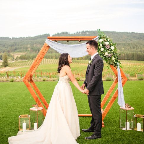 Elegant Elopement at Abbey Road Farms in Carlton, OR
