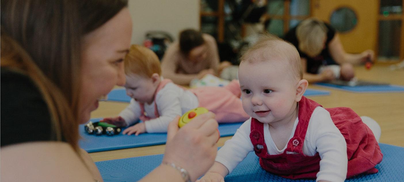 Little-Starts-mother-baby-sensory-class