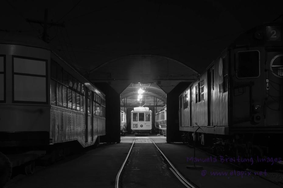 Trolley at night-1.JPG
