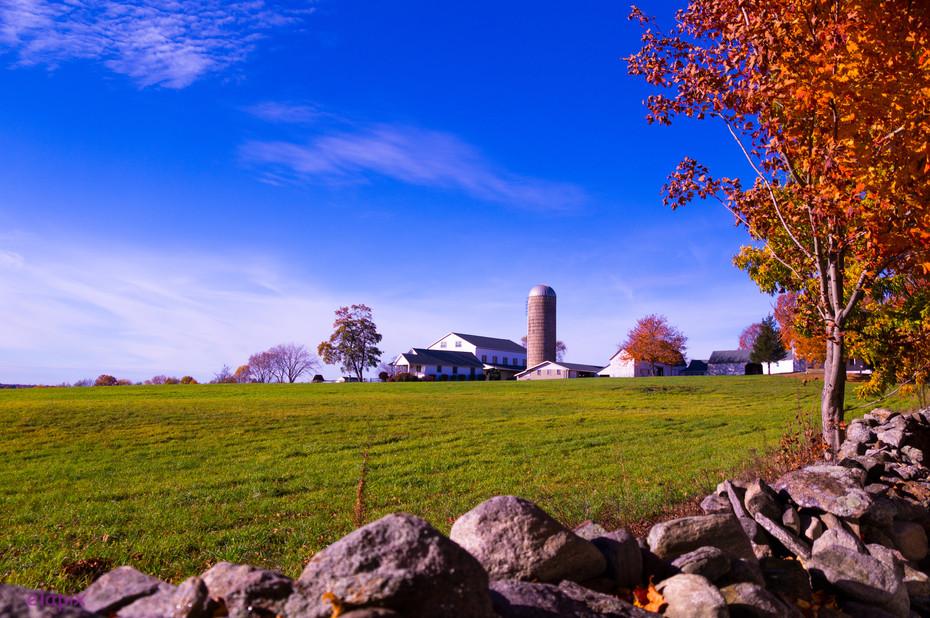 New England Farm-1.JPG