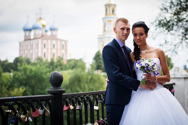 свадебные фотографы рязань пацанчик поставил камеру