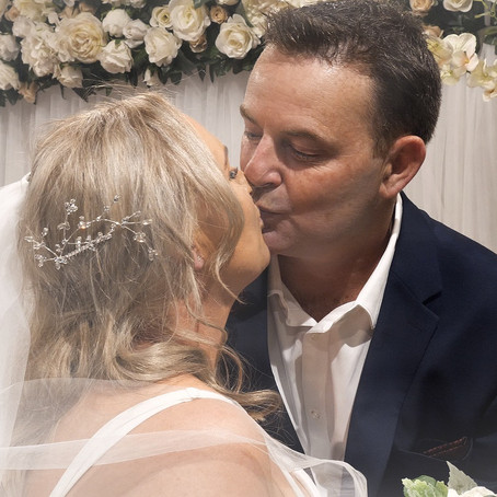 SMALL, INTIMATE WEDDING // March Wedding 2020