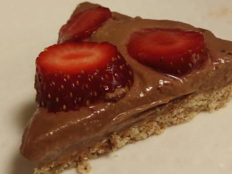 עוגת גבינת שוקולד עם תותים