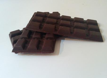 שוקולד עם אבקת קקאו נא