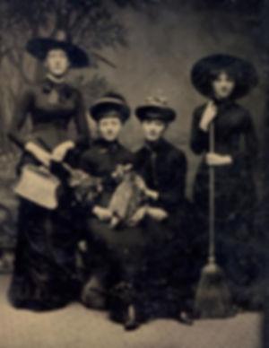 26-Best-Vintage-Halloween-Costumes-Inspi