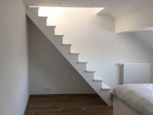 Escalier vers les combles