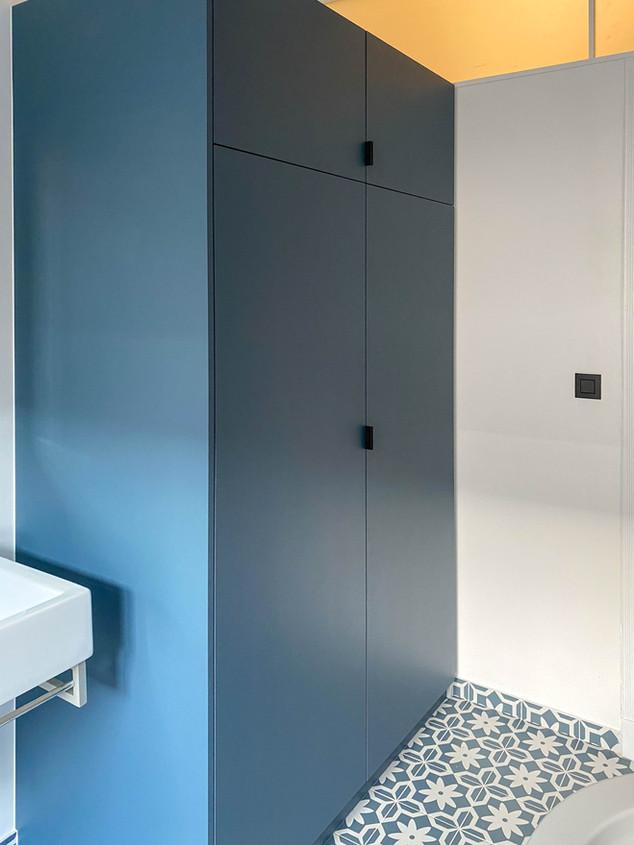 Meuble de salle-de-bain