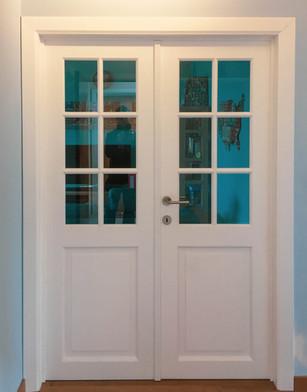 Porte vitrée moulurée