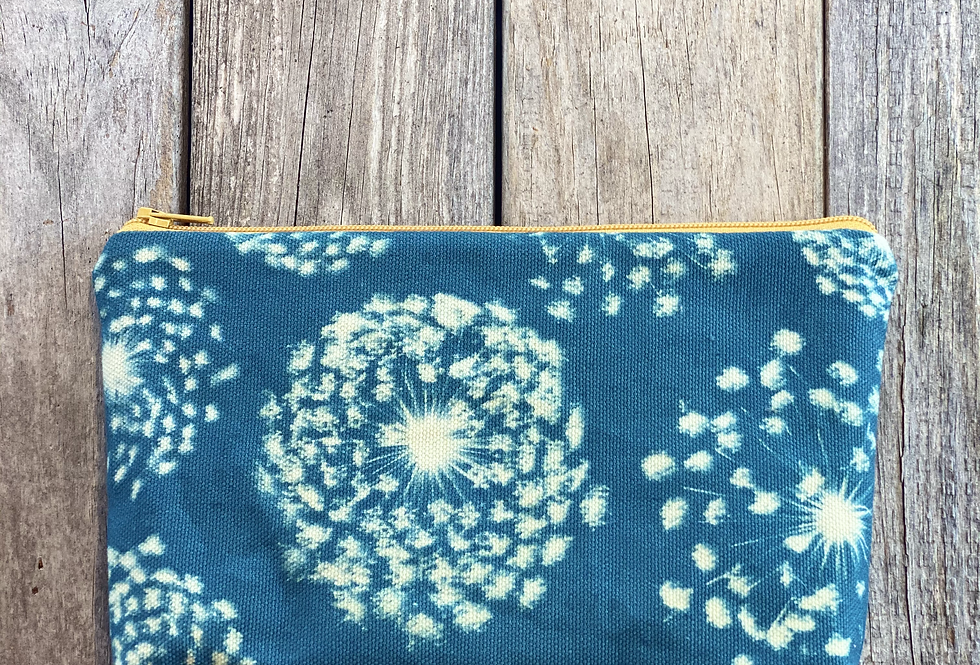 Cosmetics Pouch in Sky Blue with Queen Annes Lace Flower Design