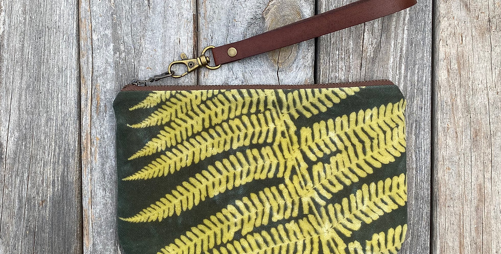 Waxed Sunprint Canvas Clutch Wristlet in Green with Lady Fern Des