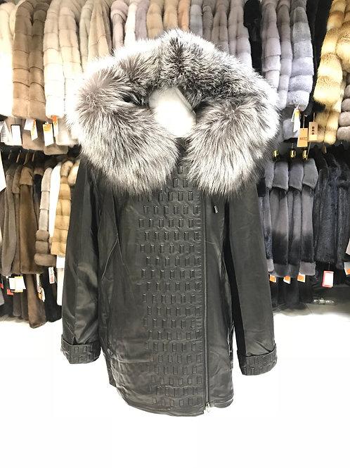 Женские кожаные осенние и зимние куртки в Дубне. Каталог и цены