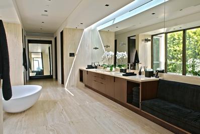 1305-Collingwood-Master-Bath.png