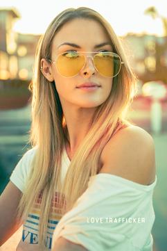 Kat-Venice-Bridge-Sunglasses-1.png