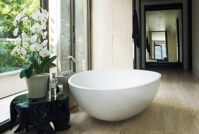 1305-Collingwood-Master-Bathtub.png