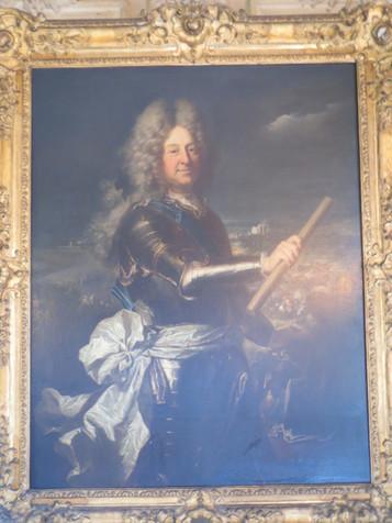 Le duc d'Harcourt change de mise