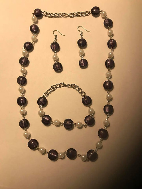 Dark purple necklace earrings and bracelet with pearls