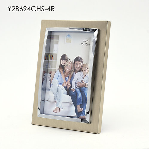 Y2B694CHS - 3D metal frame, gold finish with shining chrome protrude.
