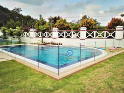 Residential Overflow Swimming Pool