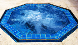 Aquarius Swimming Pools Jacuzzi