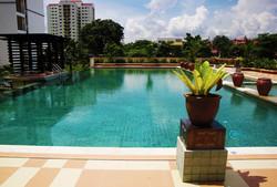 Aquarius Overflow Swimming Pool