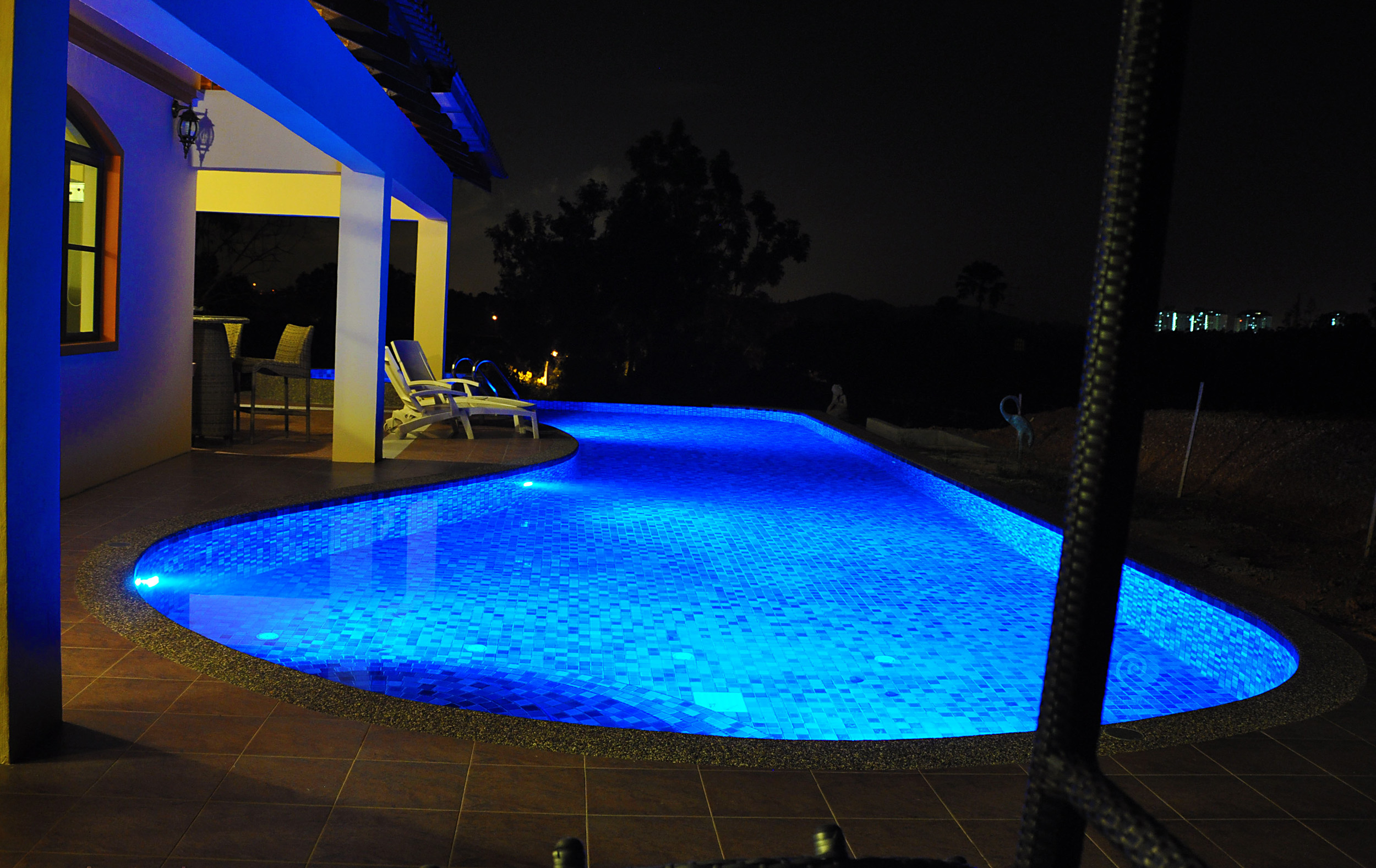 Aquarius Infinity Swimming Pool